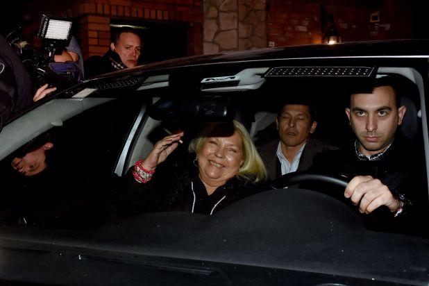 Elisa Carrió sale de Olivos tras reunirse con el presidente Mauricio Macri (Nicolás Sturlberg)