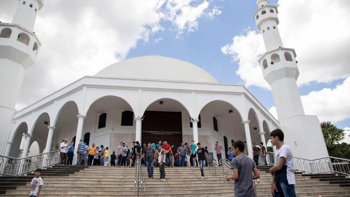 La mezquita sunita es la más imponente de Ciudad de Ciudad del Este. Allí se esfuerzan por subrayar que no tienen nada que ver con los chiítas y el terrorismo