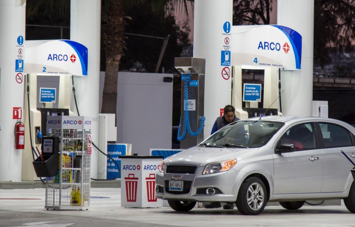 A partir del 1 de enero el precio de las gasolinas bajo en la zona norte de país (F0to: Omar Martínez /CUARTOSCURO.COM)