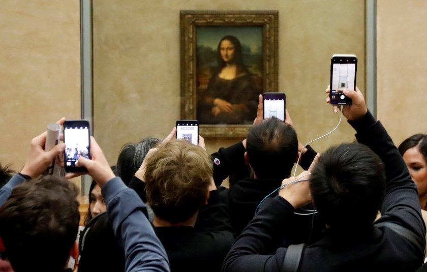 La Mona Lisa, la máxima atracción del Museo del Louvre, París (REUTERS/Charles Platiau/File Photo)