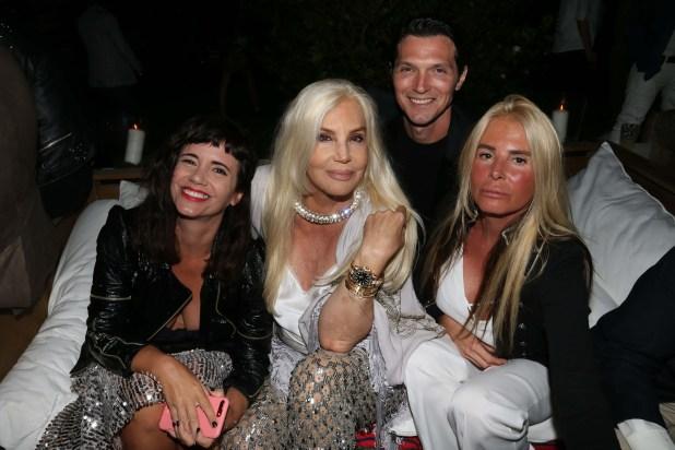 Griselda Siciliani, Susana Giménez, Facundo Garayalde y Mercedes Sarrabayrouse