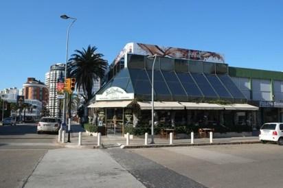 La fachada de Les Delices, una de las panaderías más famosas de Punta (Tripadvisor)