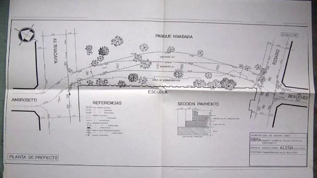 Plano de un antiguo proyecto de principios de los '90 para extender Beauchef con un puente