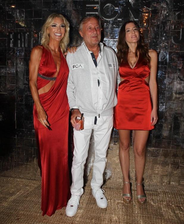 Cristiano Rattazzi junto a su mujer Gabriela Castellani y su hija Manuela Rattazzi