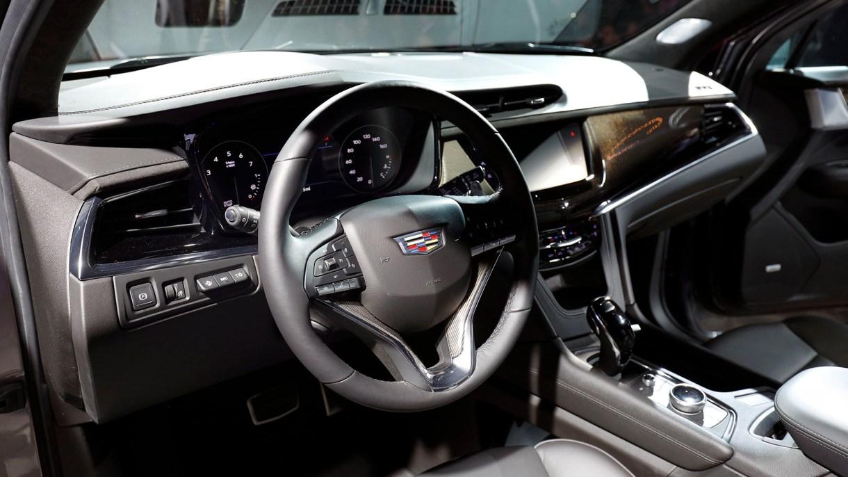El interior del Cadillac XT6 (AFP)