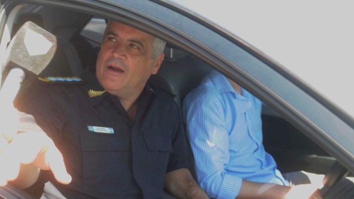 Fabián Perroni, jefe de la Policía Bonaerense, en el lugar del macabro hallazgo (Dino Calvo)