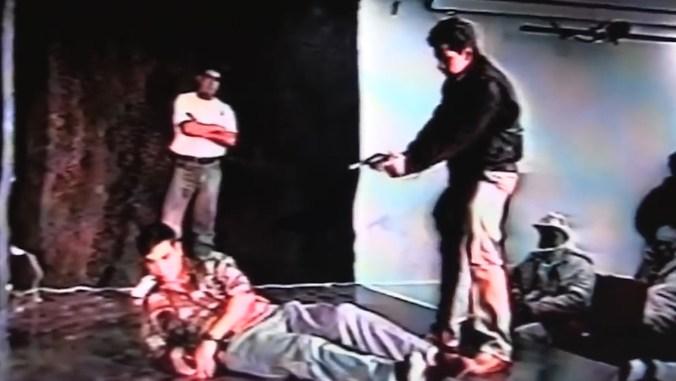 Durante la recreación, Aburto cuidó todos los detalles (Captura de pantalla)