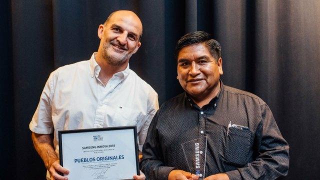Noriega, a la izquierda, en uno de sus proyectos actuales, Pueblos Originales