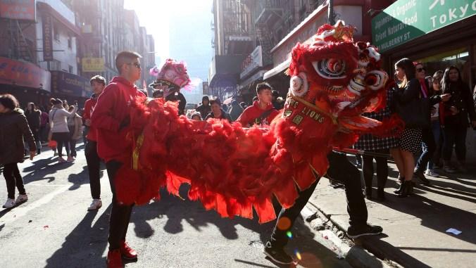 El Año Nuevo Lunar es celebrado en el Barrio Chino de Nueva York (Earl Wilson/The New York Times)