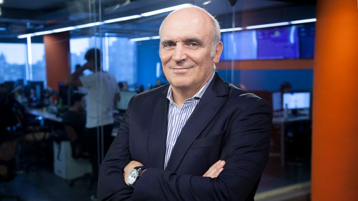 """El economista presentó """"La sociedad cómplice"""" (Santiago Saferstein)"""