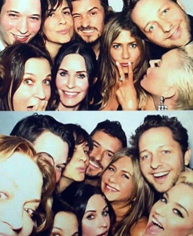 Jennifer Aniston con Orlando Bloom, Katy Perry y Courtnex Cox
