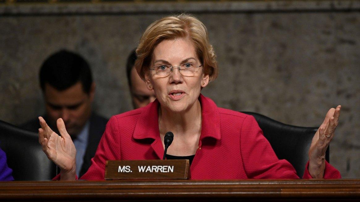 La senadora demócrata Elizabeth Warren, la precandidata a presidente que apoyó más abiertamente el inicio de un impeachment contra Trump (Reuters)