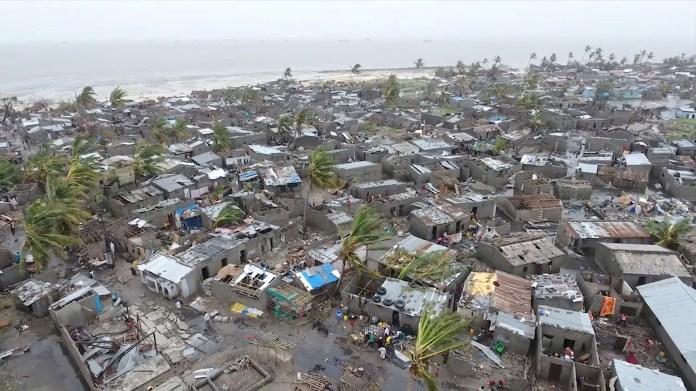 Una vista general del daño después de que un ciclón barriera Beira, Mozambique, en este video aéreo de avión no tripulado tomado el 18 de marzo. (Reuters)