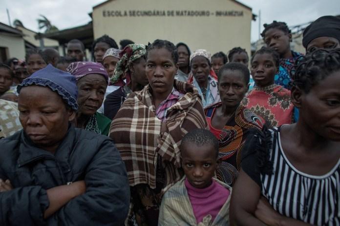Se reportaron cientos de muertos y miles de desplazados (REUTERS)