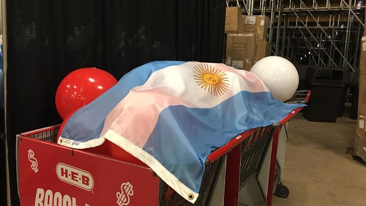 La bandera nacional estará presente en el evento