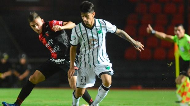 El conjunto sanjuanino viene de igualar sin goles frente a Colón, en Santa Fe (Télam)