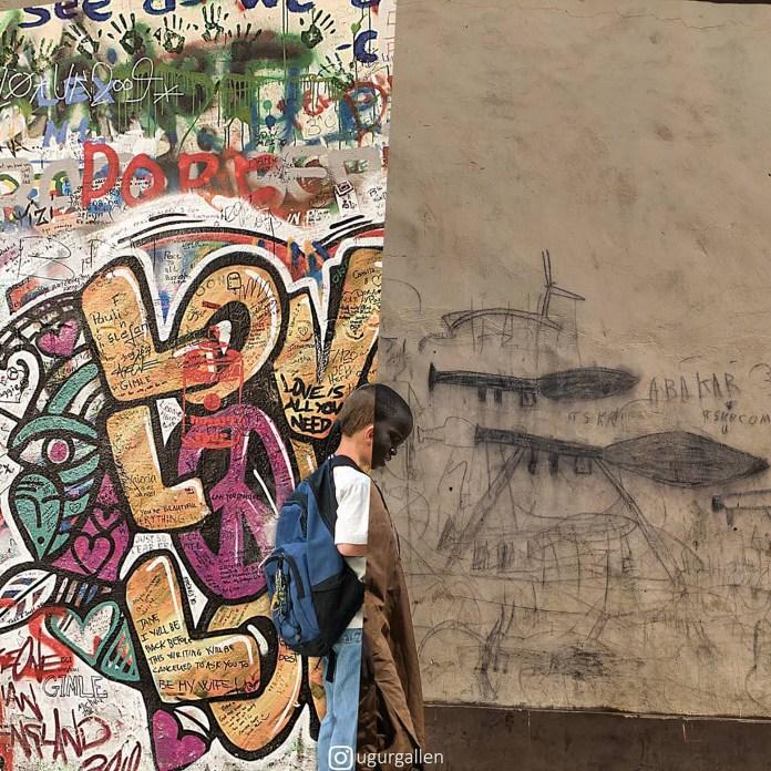Los grafittis de una calle de Londres y un niño de Chad