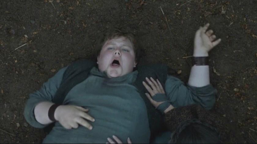 Un joven Hodor, afectado por la frase de Meera Reed (Foto: HBO)