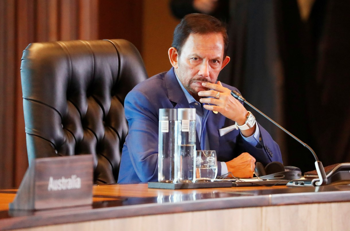 El sultán de BrunéiHassanal Bolkiah enfrentó críticas por su postura ante la homosexualidad (Foto: Reuters)