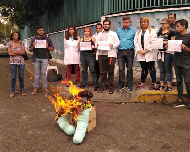 El sector de salud protestó contra el chavismo