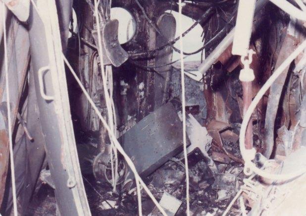 """""""En el segundo ataque un misil impactó de lleno en el puente de comando que, junto al puesto de radio ubicado debajo, quedaron destruidos. Mató a toda la gente que estaba allí menos a un cabo, que quedó herido"""", recordó Bazán"""