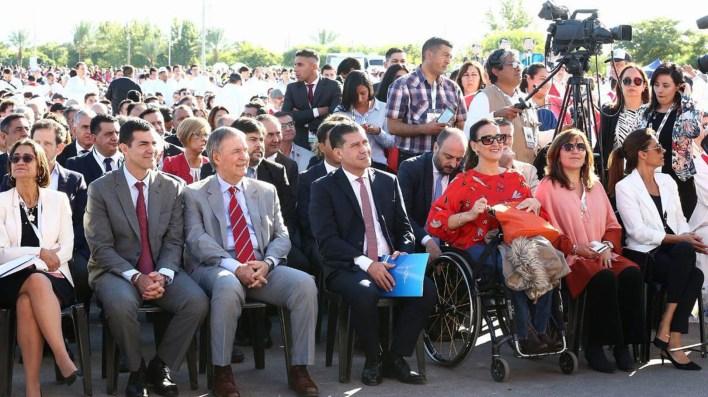 La vicepresidenta Gabriela Michetti junto al secretario de Culto, Alfredo Abriani, y un nutrido grupo de gobernadores (@GabiMichetti1)