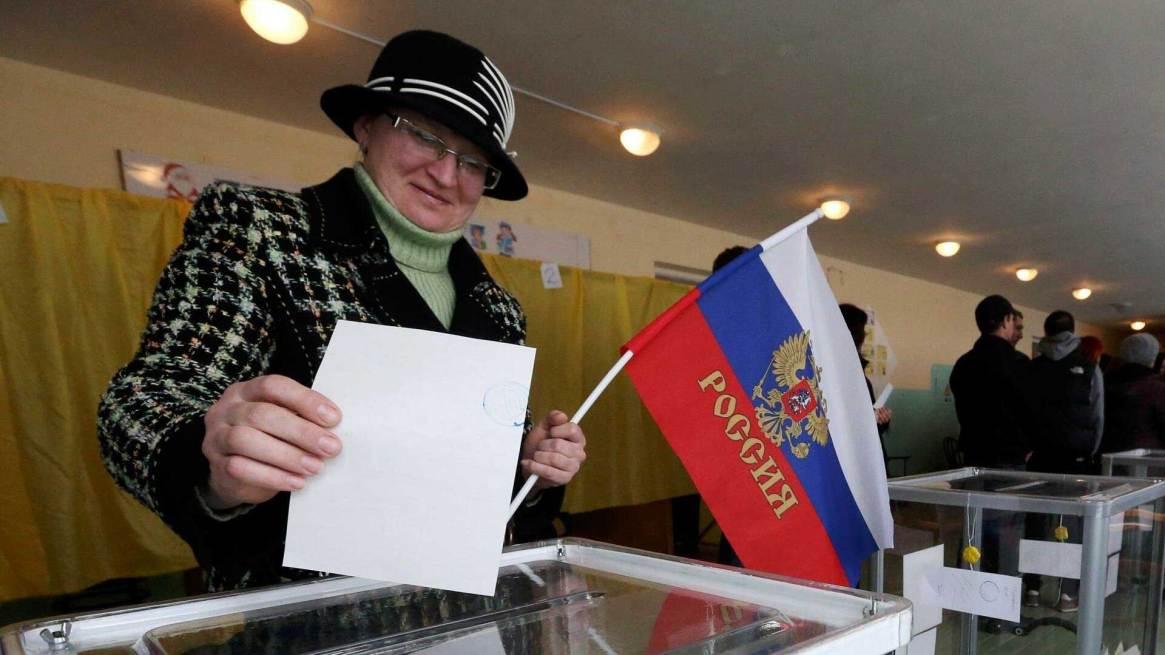 En el referéndum del 16 de marzo de 2014, la población de Crimea votó mayoritariamente por integrase a la Federación Rusa, que aprobó su anexión dos días más tarde. Foto: Archivo DEF.