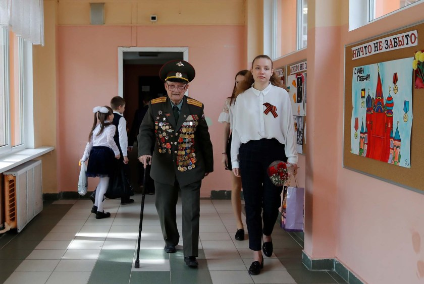 Nikolay Bagayev en una escuela (REUTERS/Maxim Shemetov)