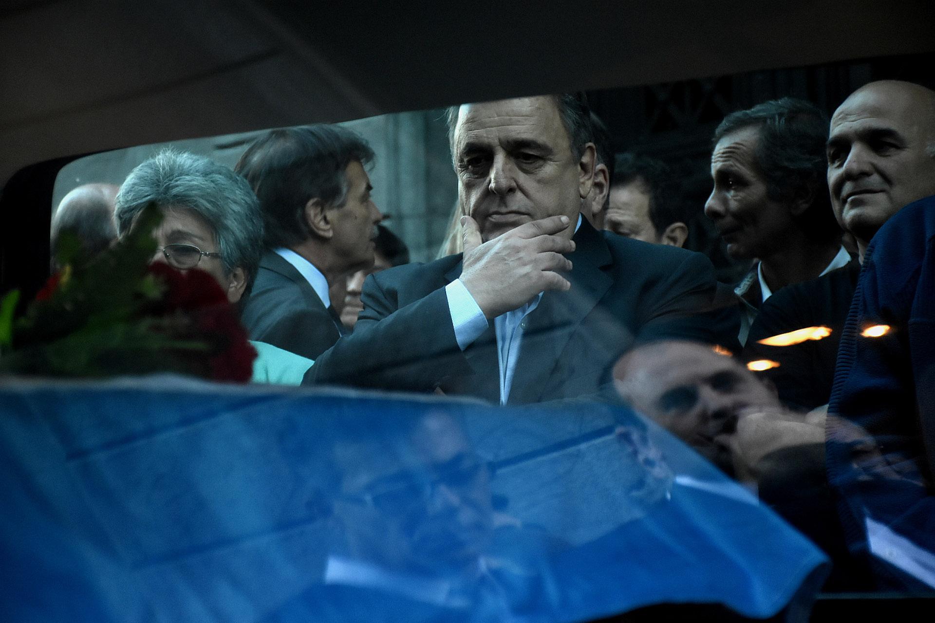 Negri viajó desde Córdoba, donde ayer compitió por la gobernación, para estar en el velorio de Olivares