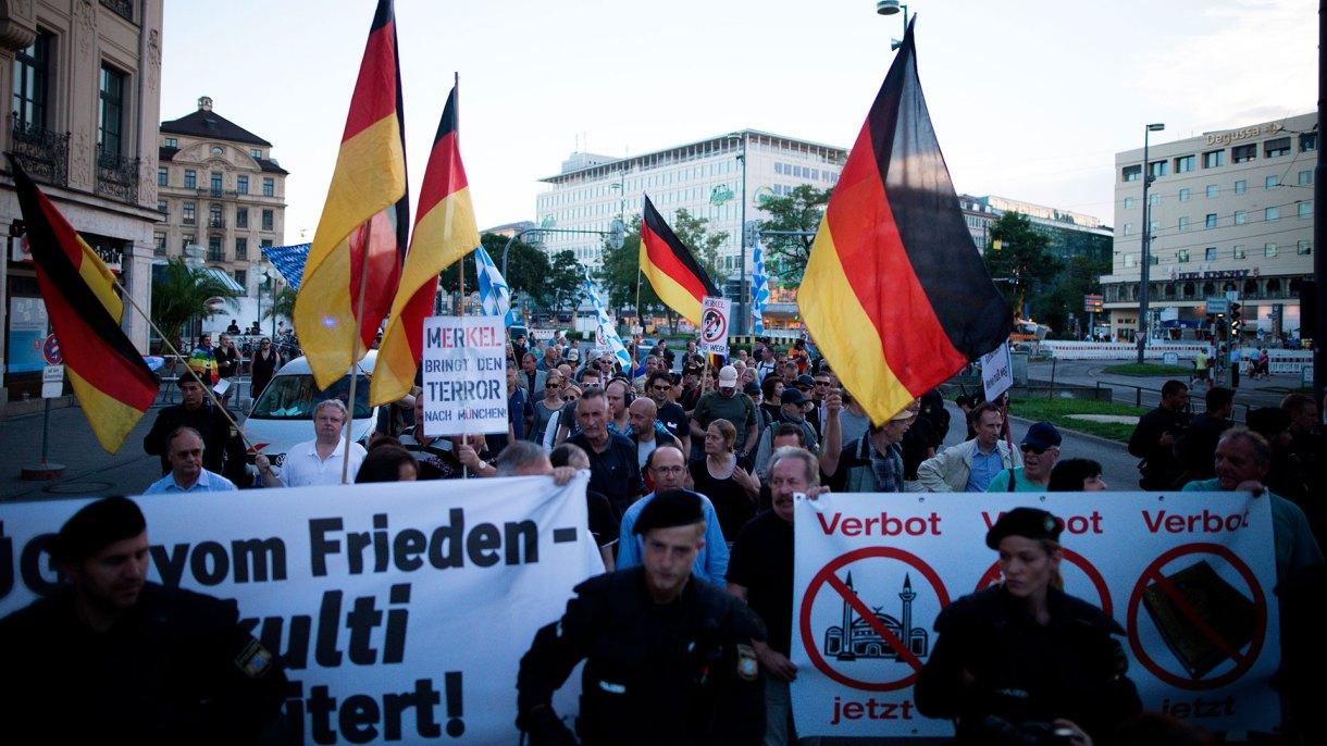 Una protesta del movimiento derechista PEGIDA en Munich, Alemania (SHUTTERSTOCK)
