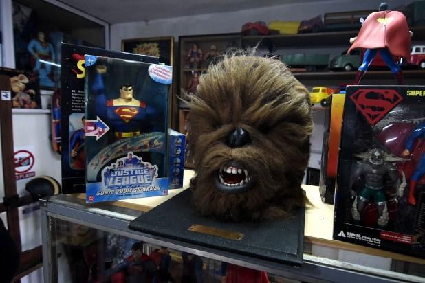 Una cabeza de tamaño real de Chewbacca, personaje del universo de Star Wars, que fue traída desde Estados Unidos (Nicolás Stulberg)