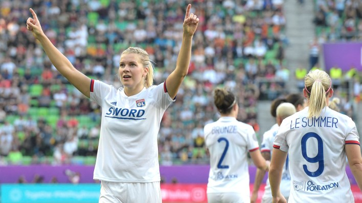 Lyon's Norwegian striker Ada Hegerberg celebrates during the UEFA Women's Champions League final football match Lyon v Barcelona in Budapest on May 18, 2019. (Photo by Tobias SCHWARZ / AFP)