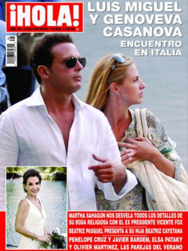 Luis Miguel y Casanova fueron captados en un paseo en Italia, en 2009, y de ahí se desataron rumores de un posible romance