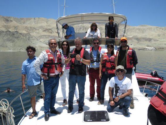 Grupo de periodistas que visitó la región de Antofagasta, junto al director de Sernatur Claudio Yañez Salazar.