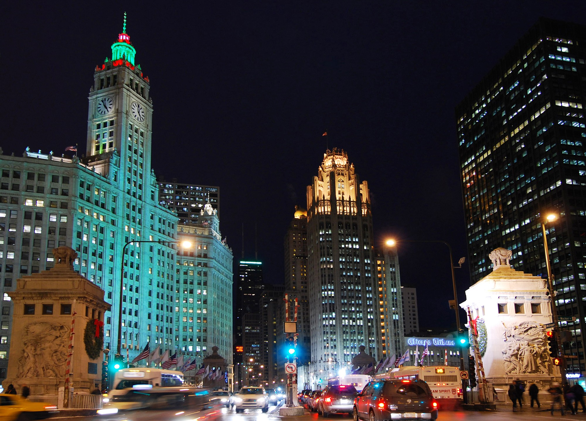 Holiday Lights City Lights  Tours  Chicago Architecture