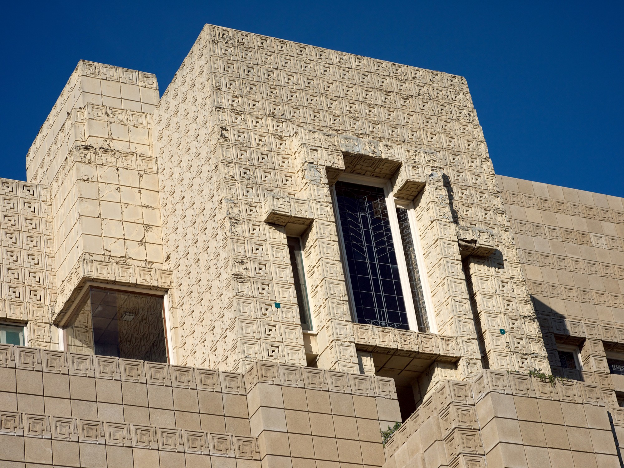 5 things you didnt know about Frank Lloyd Wright