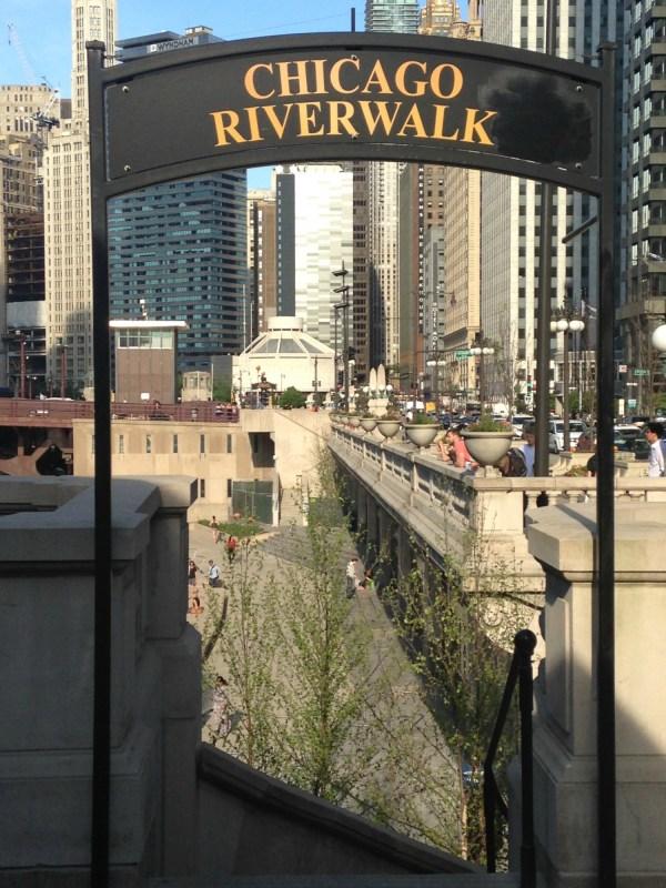 Chicago Riverwalk Expect