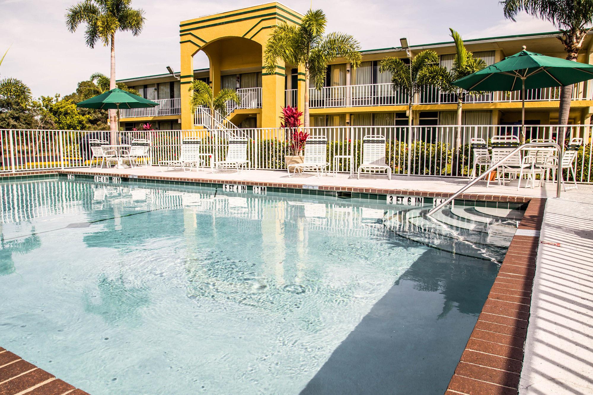 Bradenton Hotel Coupons for Bradenton Florida  FreeHotelCouponscom