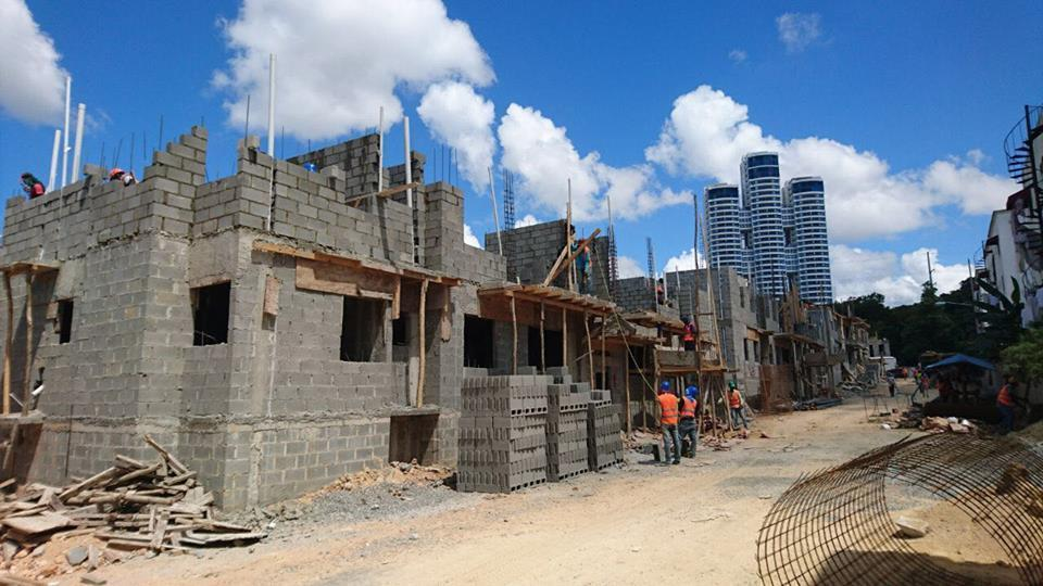 RESIDENCIAL TERRAZAS DEL FARALLN Proyecto de apartamentos Ave independencia