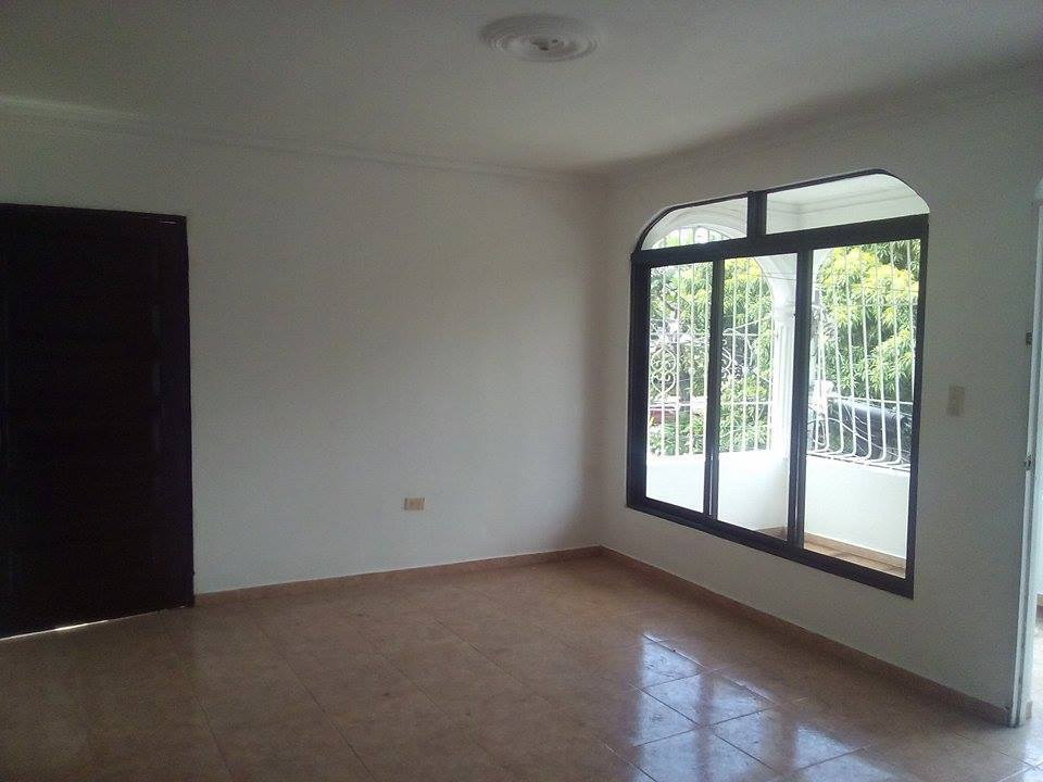 Apartamento Econmico en Alquiler en Ensanche Quisqueya