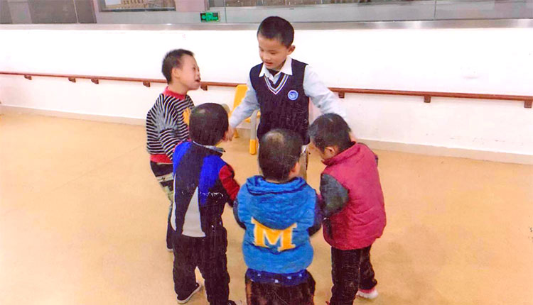 Chinese children in a circle