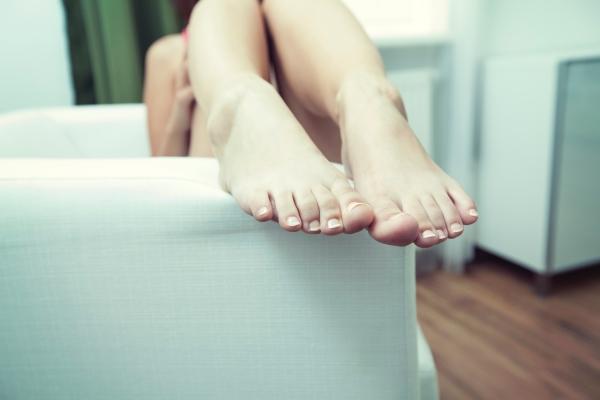 Ayurvedic massage, Abhyanga, foot massage.