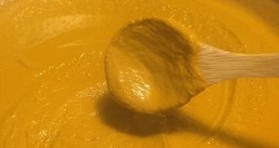 Homemade Golden Turmeric Paste