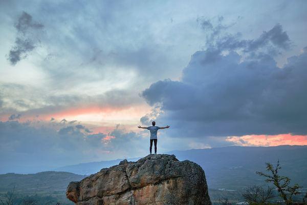 Man on a mountain, Ashwagandha for men.