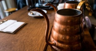 Caring for copper. Cleaning copper vessels.