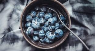 Blueberries, Kapha foods for summer.