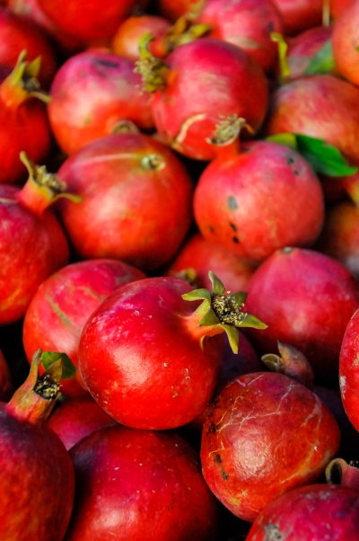 Pomegranate oil for sagging breasts, saggy breasts.