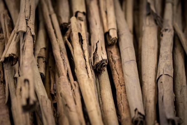 Cinnamon Ayurveda, cinnamon quills or cinnamon sticks.