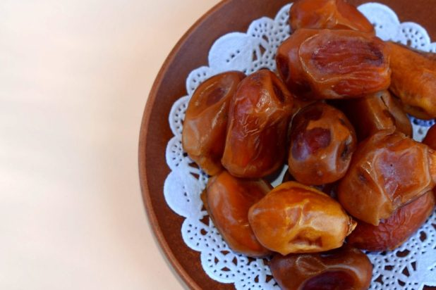 khajur dates for skin