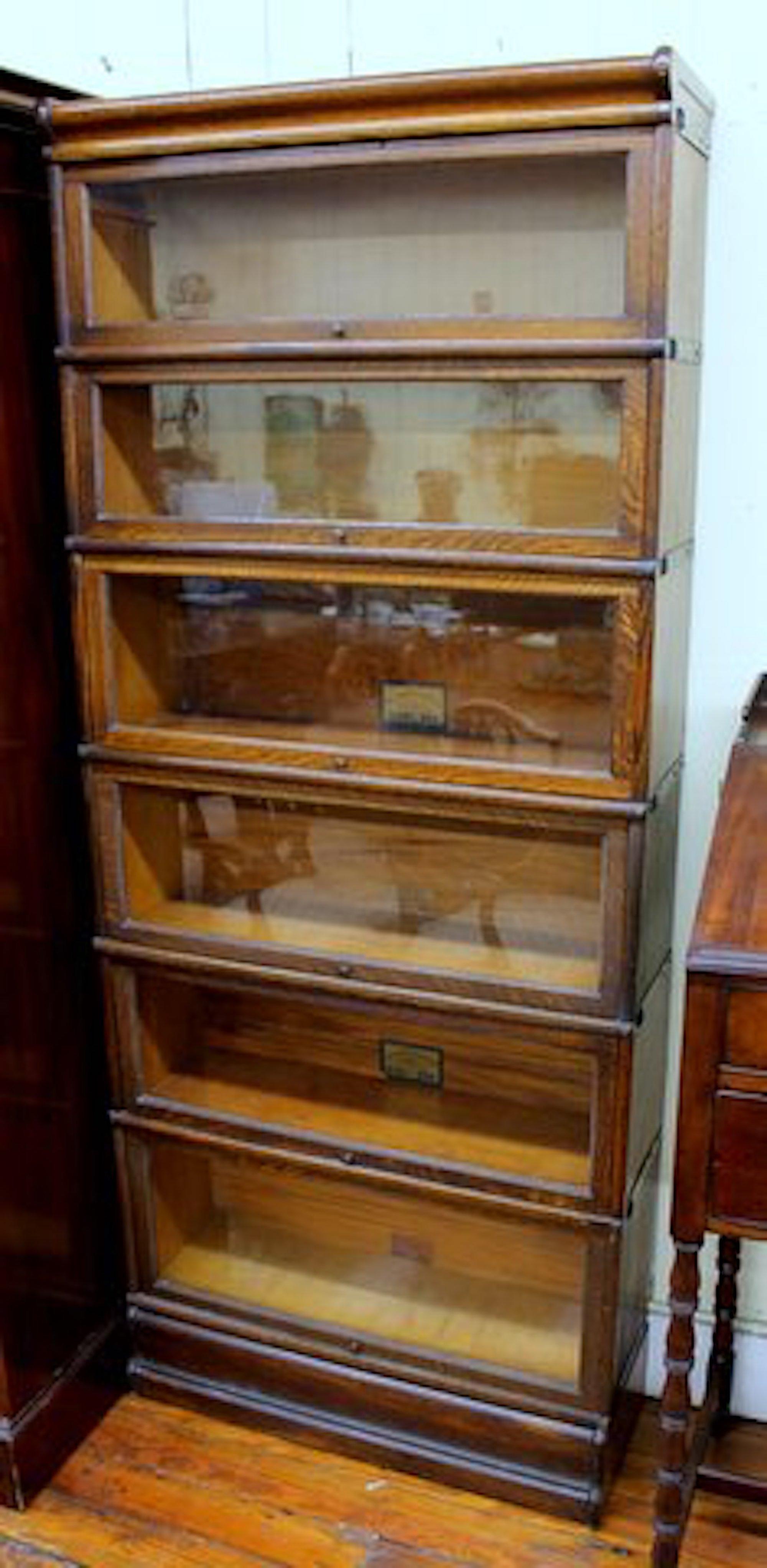 Stack Of Six Globe Wernicke Quarter Sawn Oak Barrister S